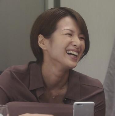 ドラマ『大人女子』吉瀬美智子さんのマニッシュなショートヘアな髪型がカッコイイ