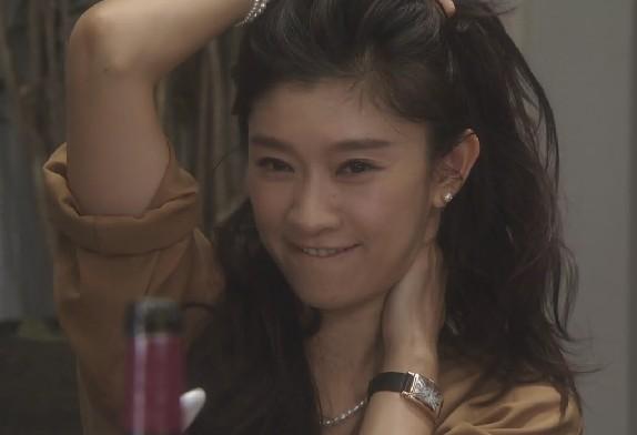 篠原涼子のヘアスタイル 『オトナ女子』がアラフォー世代に大人気☆