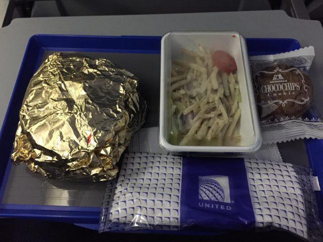 ユナイテッド航空グアム便機内食